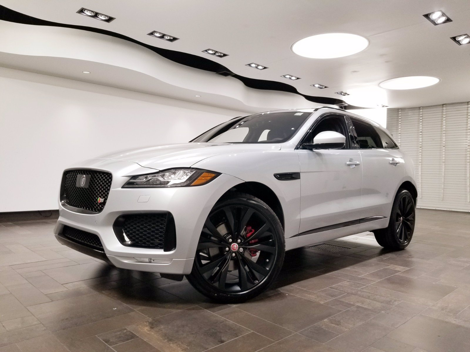 new 2020 jaguar f-pace s suv in west palm beach #j21771