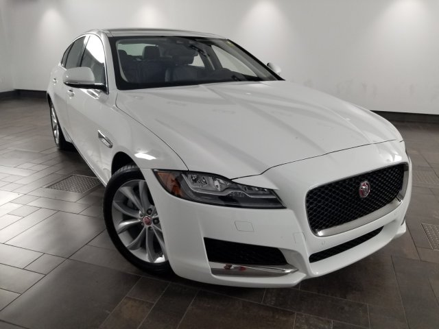 Certified Pre-Owned 2018 Jaguar XF 25t Premium