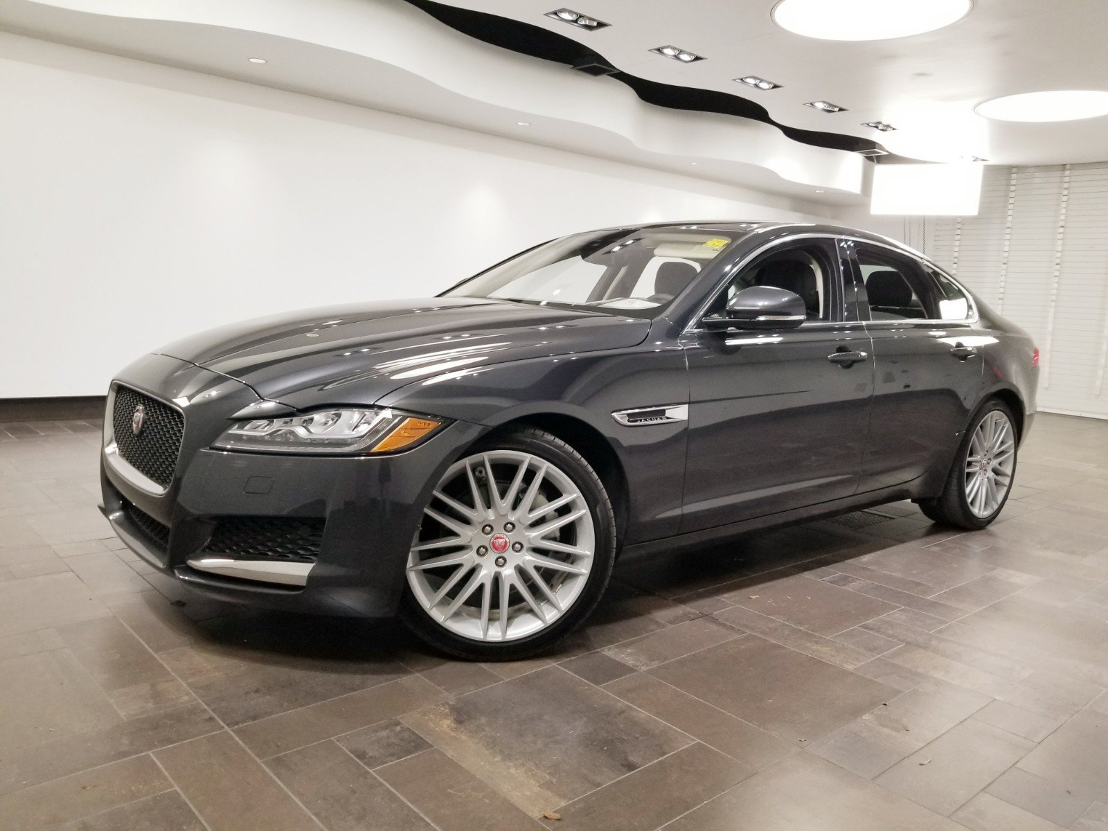 Certified Pre-Owned 2019 Jaguar XF 25t Prestige