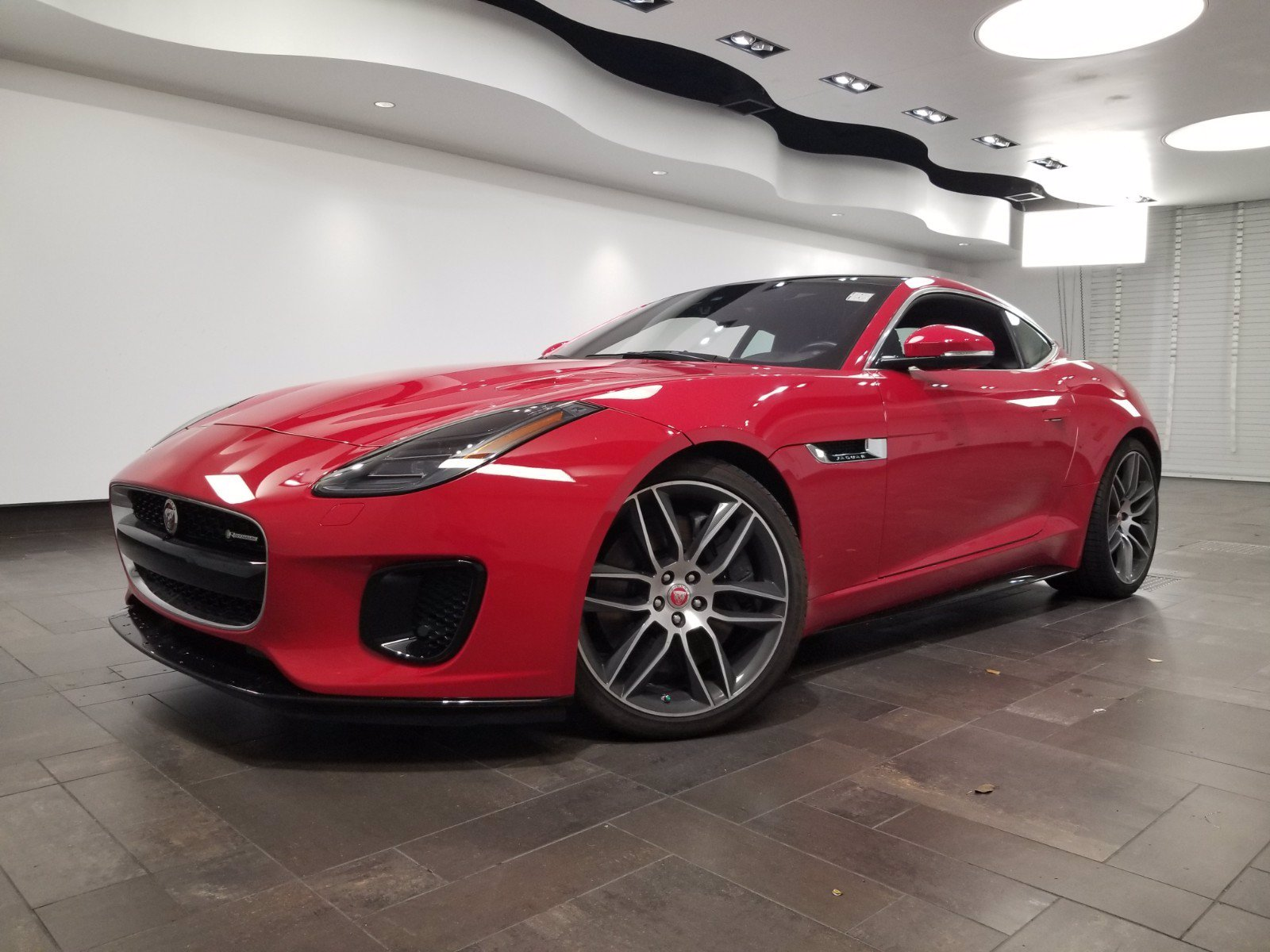 Pre-Owned 2018 Jaguar F-TYPE R-Dynamic Coupe