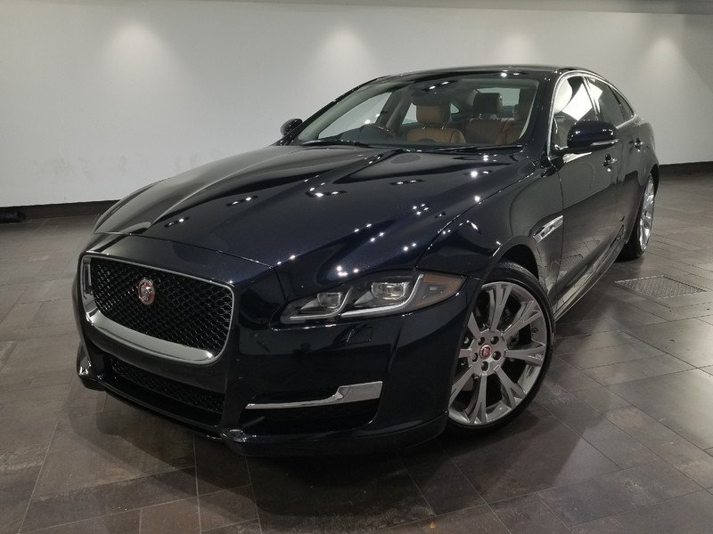 New 2019 Jaguar XJ R-Sport *Special Offer*