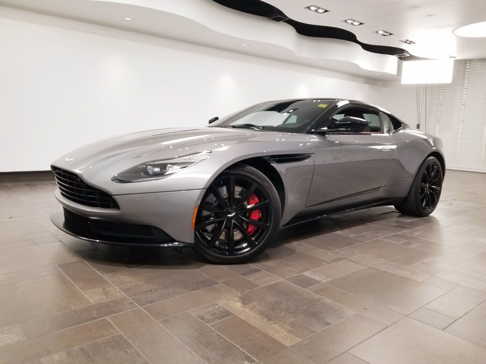Pre-Owned 2018 Aston Martin DB11 V12 Coupe